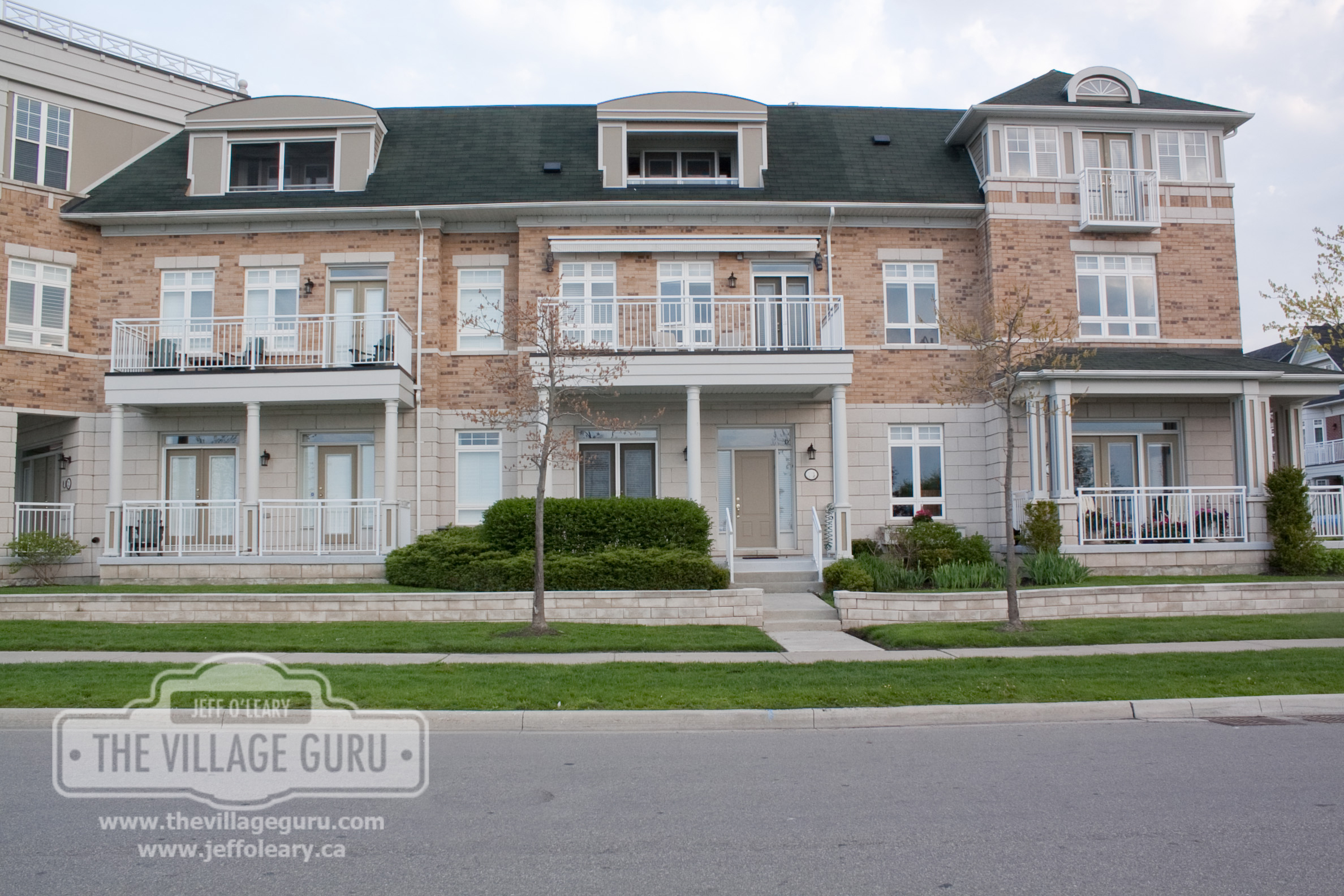Luxury Town Homes in Port Credit
