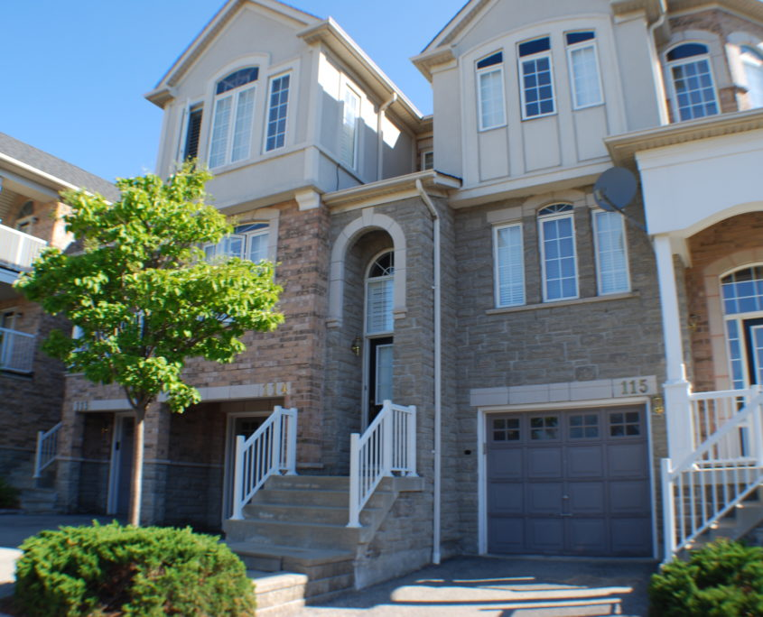 Town house in Clayhill Cooksville Mississauga