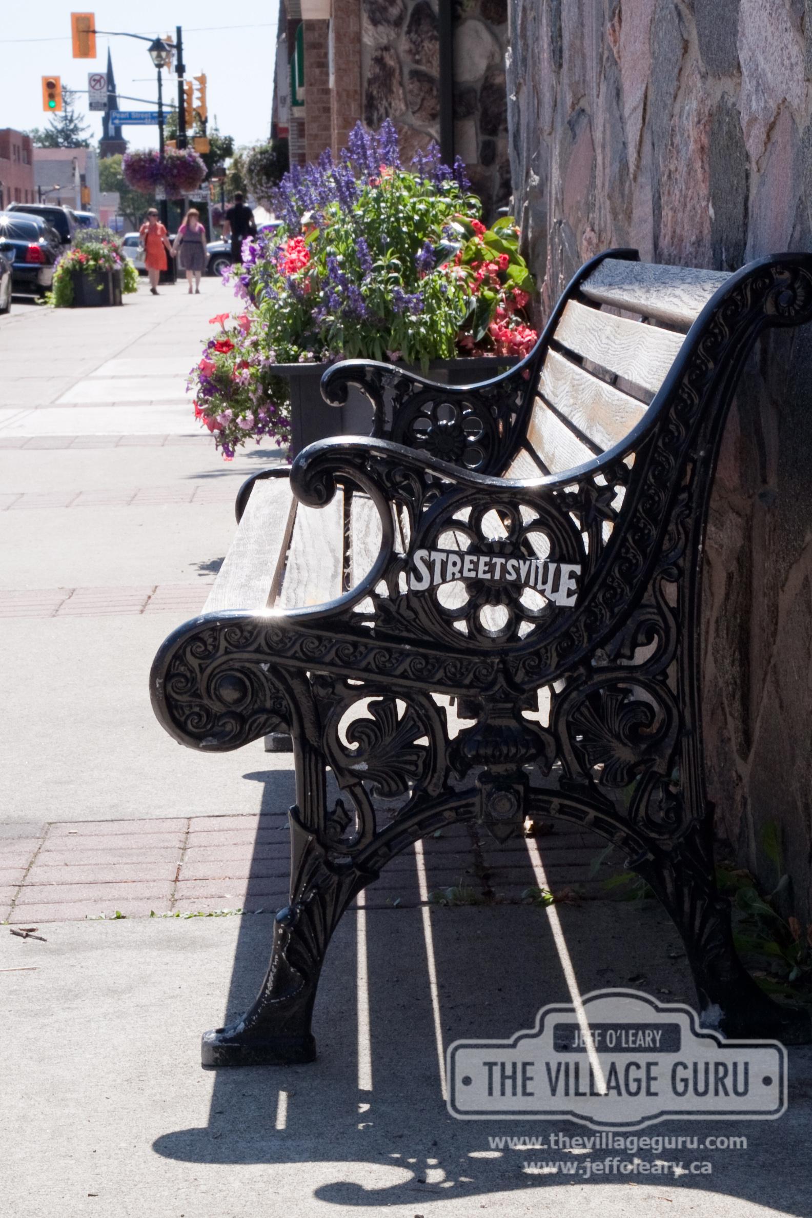 Queen-St-in-Historic-Streetsville