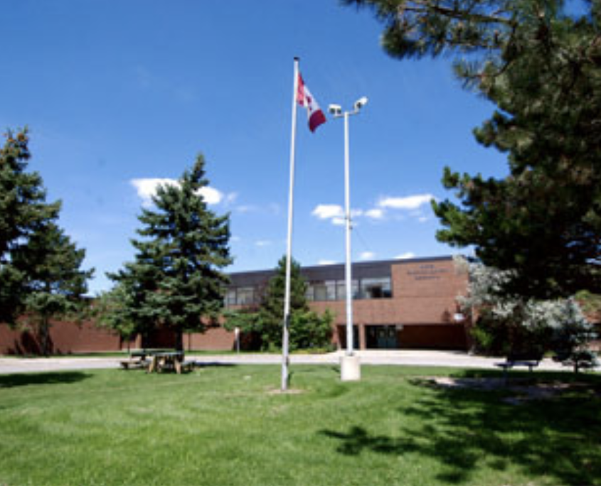 one of the top high schools in Mississauga in The Woodlands in Erindale