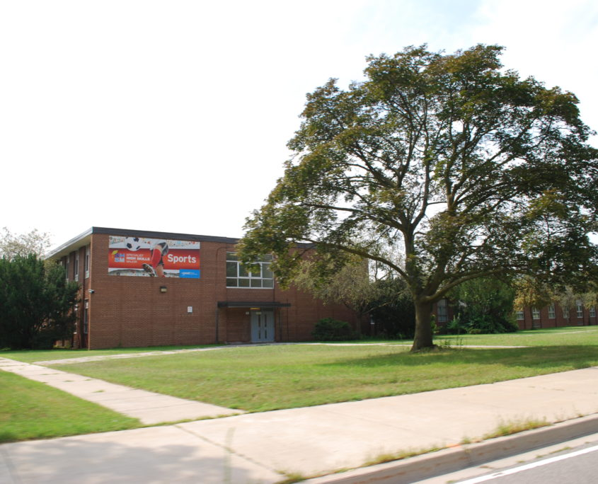 Lorne Park High School is one of the top high schools in Mississauga