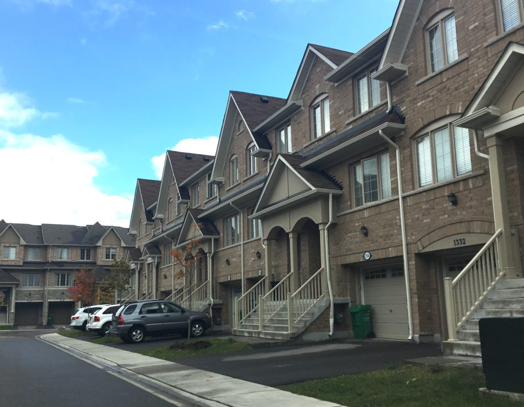 town houses in east credit