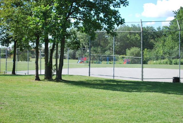 Softball diamond, Trelawny Woods