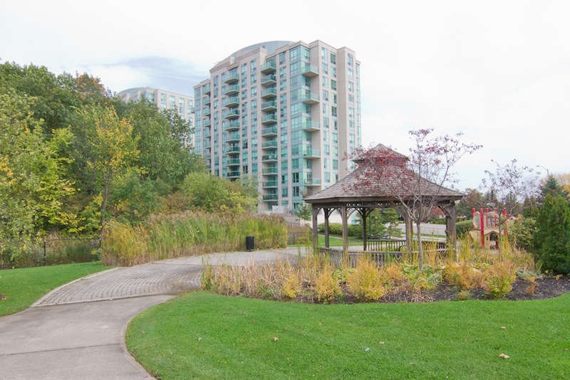 Parkway Place Erin Mills Condo