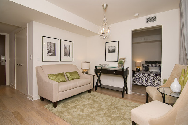 Home staging small condo