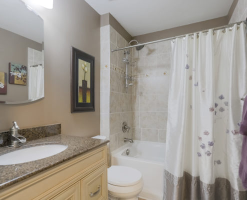 6888 Avila Rd Main Bathroom