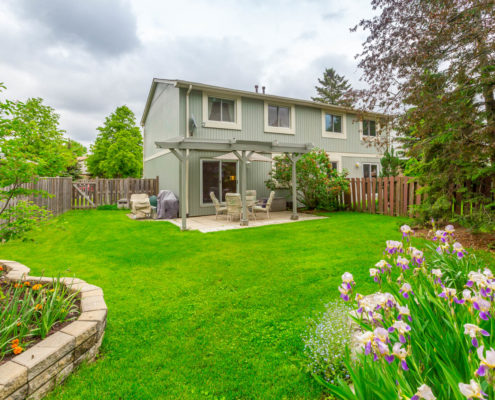 Large backyard in 6888 Avila Rd Mississauga