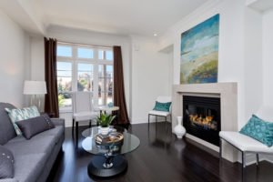 Burnhamthorpe Mississauga Fireplace After Staging a New Home