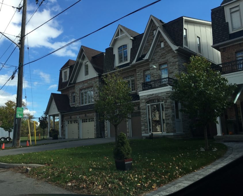 A picture of luxury townhomes in Cooksville Mississauga