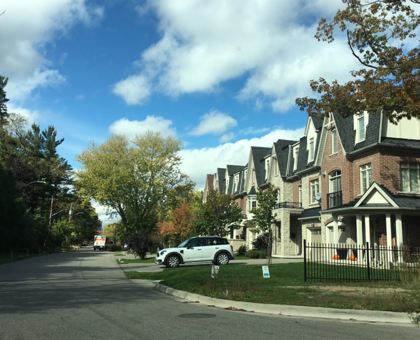 Luxury Freehold Town Homes in Gordon Woods