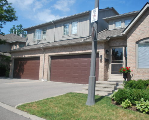 Enclave on the park town house complex in Central Erin Mills Mississauga