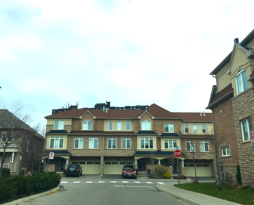 Town Houses on Toscana Place in Clarkson