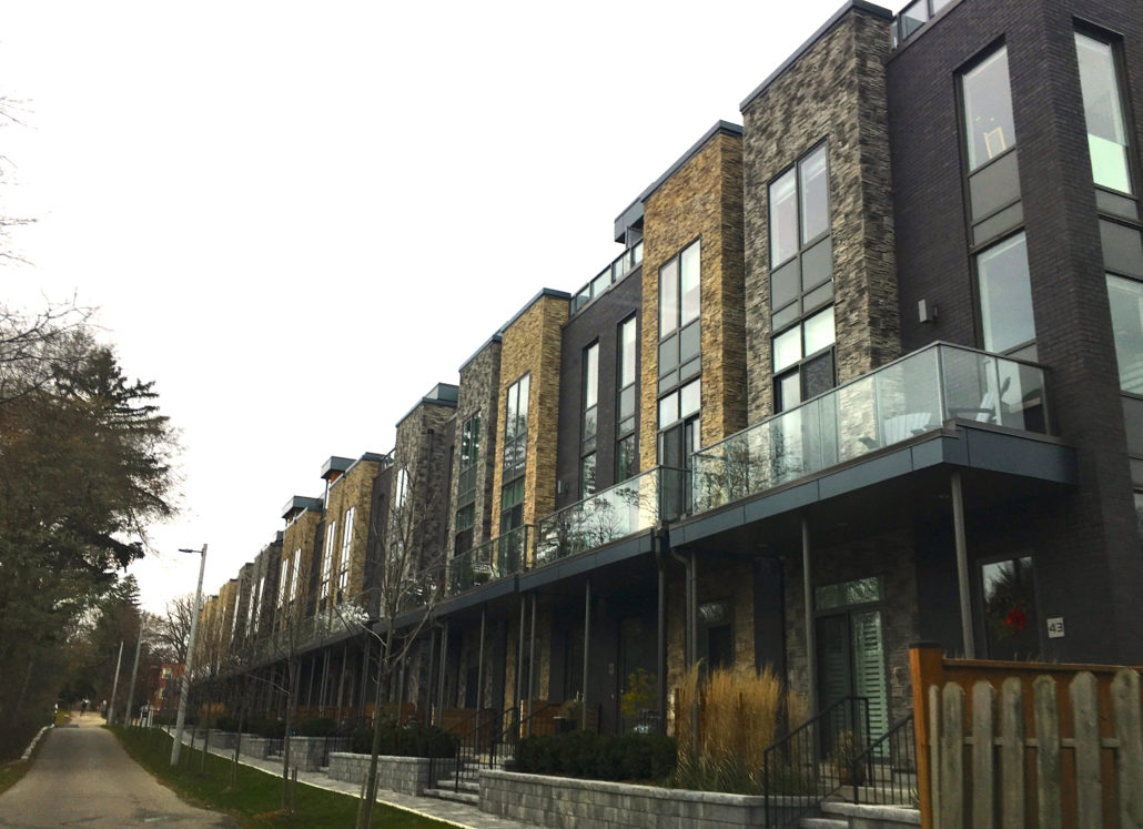 Parklane town houses in Cranberry Cove, port credit