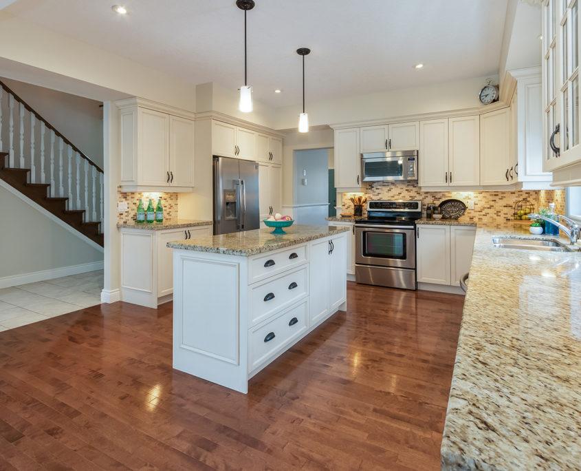 Luxury Home for Sale 19 Corvinelli Drive Brooklin60