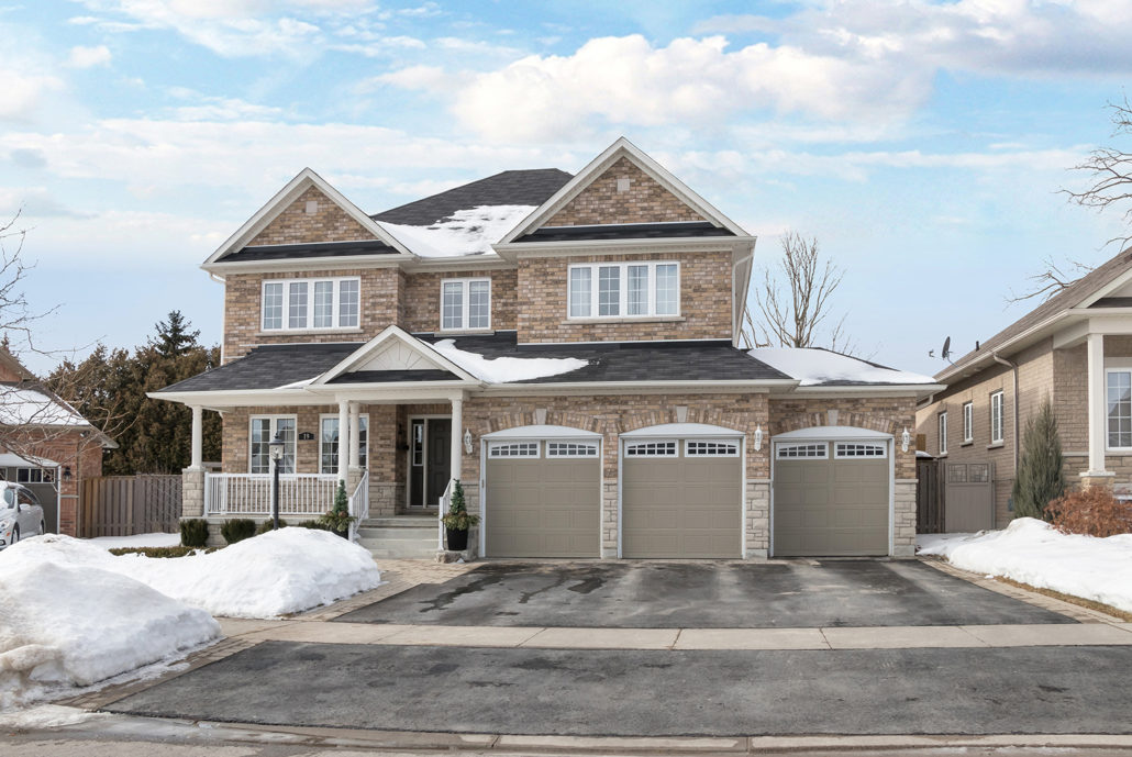 Luxury Home for Sale 19 Corvinelli Drive Brooklin50