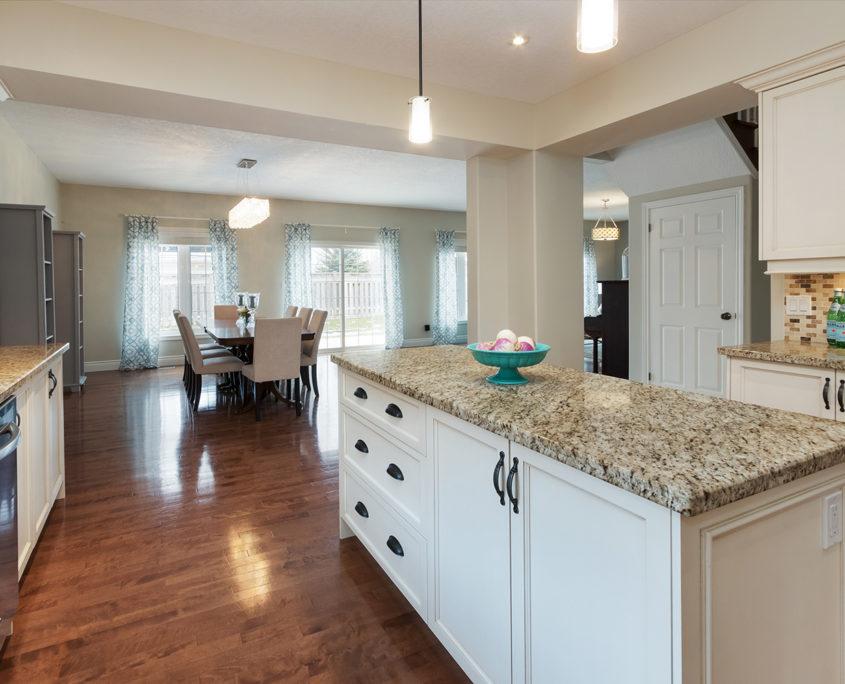 Luxury Home for Sale 19 Corvinelli Drive Brooklin41