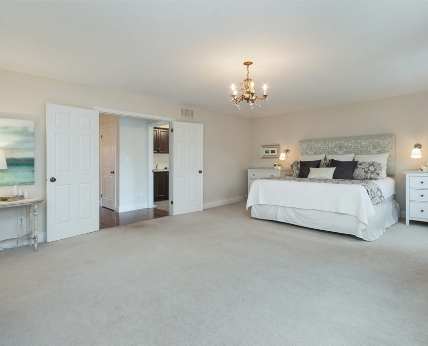 Luxury Home for Sale 19 Corvinelli Drive Brooklin40